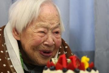 海外「なぜ長生きできるの?」日本の高齢者の年齢定義変更に長生きの秘訣を探る外国人達