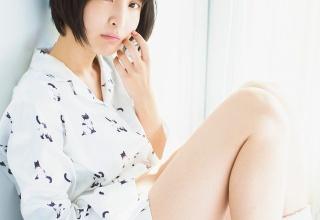 """【声優】人気声優""""あやねる""""佐倉綾音、太ももあらわなパジャマショットに胸キュン"""