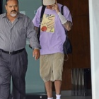『【結婚式を控えて点滴治療中…!?】ジャスティン・ビーバーがビバリーヒルズでお出かけ!Justin Bieber steps out in LA with IV in his arm』の画像