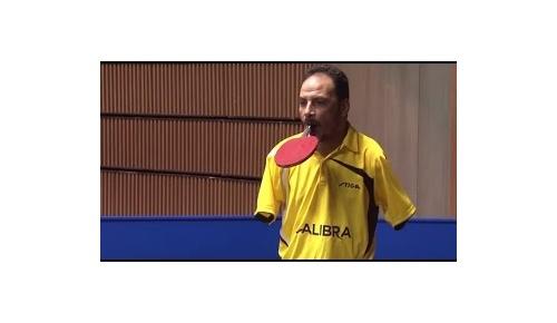 両腕のない卓球選手イブラヒム・ハマト氏が平野美宇と対戦、海外から驚きの声「人間の能力は境界線を持たない」