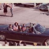 ケネディ大統領暗殺後の妻の謎の行動