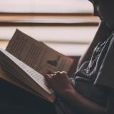 本読むと語彙力がつくってマジなの?