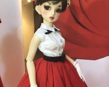 中国人転売ヤーに買い占められた高島屋の100体限定人形ロリーナ、中国の通販サイトで販売情報が掲載される・・・