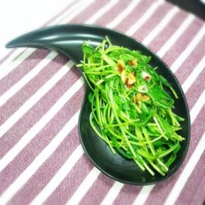 みぶ菜のペペロンチーノ風