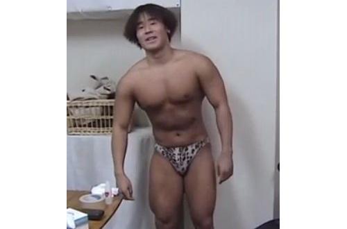 【画像】29歳でこの筋肉ってヤバいか?w のサムネイル画像