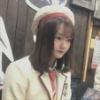 『オタクとカードゲームする尾崎由香さんが、人形のようだと話題に』の画像