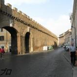 『 イタリア ローマ旅行記14 中に入れなかったサンタンジェロ城、サンタンジェロ橋の彫刻が良い』の画像
