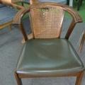 マルニ木工 食堂椅子 籐張替えです。