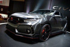 ホンダ新型シビックタイプRの市販モデルがついに世界初公開