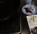 夜食にバター醤油ペペロンチーノ作るお