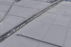 東北自動車道で140台の多重事故 吹雪で「ホワイトアウト」発生