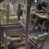 『椅子つくり・森の小道』の画像