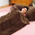 暖かクッション。寝袋付も。