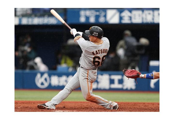巨人・香月一也  打率.333 (21-7)  2本塁打  5打点  OPS1.153