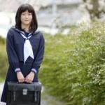 義務教育、重い負担なぜ? 制服、かばん…中学入学で9万円 進学や通学の「壁」に