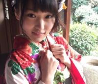 【欅坂46】B.L.T.公式 菅井友香&渡辺梨加の振袖オフショットを公開!クリスマスに撮影した模様