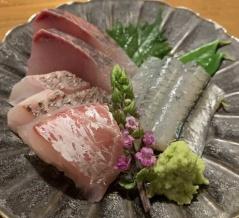 大阪北新地で人気の居酒屋「石川 さゆり」石川出身オーナーの元で美人女将のさゆりさんが切り盛り
