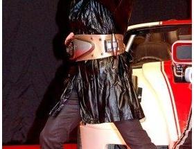 及川光博(45)が仮面ライダー3号にwwwwwwww