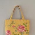 薔薇の花のトートバッグ(ポケット2ヶ所付き)