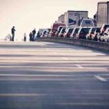 『名神高速でのトラックによる追突事故!なんの非もない若者が3人死亡、どうしたら防げるか!』の画像