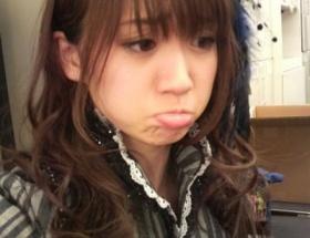 大島優子の困り顔が可愛すぎると話題wwwwwww