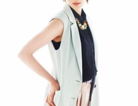 【バドミントン】潮田玲子がモデルデビュー クールな眼差しで魅了