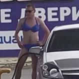 『【画像】ロシア『ビキニで来店したらガソリン無料キャンペーン』を開催した結果wwwwwwww』の画像