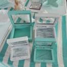 木製のコレクションボックスを2色にペイントしました♪