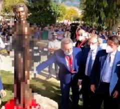 イタリアの女性銅像、あまりにスケスケな格好で性差別と非難殺到wwww