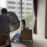 『もはや女優の風格・・・異次元スタイル!!!椅子に座っていても脚が長いのが分かる・・・【乃木坂46】』の画像