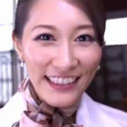美人現役CAさんの生々しいフェラチオしてもらって顔射しちゃったエロ動画