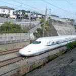 東海道新幹線の遅延で乗客「新幹線もう嫌い」 駅や車内で8時間拘束…