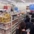 【悲報画像】セルフレジがガラガラなのに店員レジに行列ができる理由wwwwwwwwwwwww