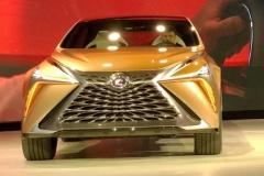 レクサス、日本刀をイメージしたコンセプトカー公開!
