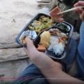 ヒロシがキャンプ場で弁当食ってる動画上げてて笑ったwww