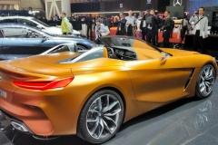 トヨタ「スープラ」兄弟車? BMWが次期型Z4お披露目、トヨタ版のグリルはどうなる?
