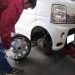 車のタイヤ交換で34000円かかったけどこれって普通か?