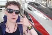 イギリス人「もう飛行機には乗りません」→鉄道で1カ月かけて中国へ