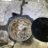 『大阪府枚方市池之宮  排水マス水漏れ -排水マス排管つまり-』の画像