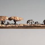 『鉛筆部隊とゾウの家族の鉛筆彫刻』の画像