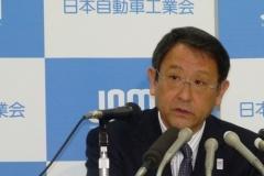 トヨタ社長「 軽自動車は様々な規制の中で、日本の道に合わせて一生懸命作っている国民車 」