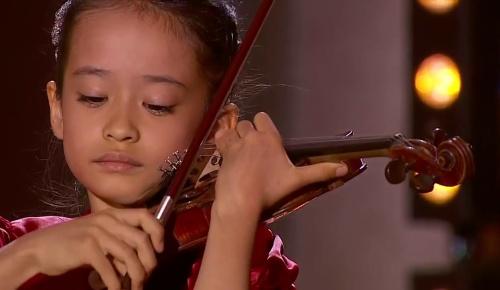 出場コンクール全て1位の日本人バイオリニスト吉村妃鞠さん(9歳) 8歳当時の演奏動画を見た海外の反応