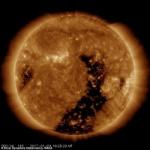 まもなく太陽が真っ二つに炸裂して地球文明崩壊するけど覚悟はいいか?