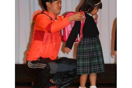 【巨人】菅野ら闘病中の子供たちを慰問「元気をもらいました」 alt=