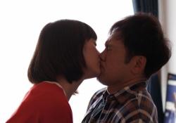 本田翼ちゃんがくりぃむしちゅー有田哲平くんと濃厚なキスシーンを演じ話題に!