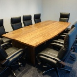 『土井木工・ブラックウォールナットのワイドが2800ミリの会議用テーブル』の画像