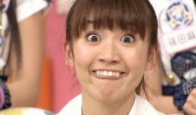 【日本の流行】   日本人女性は なぜ わざわざ 「変顔」をするんだ?  海外の反応