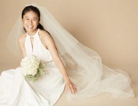 【悲報】澤穂希さん、ウエディングドレス姿も不細工