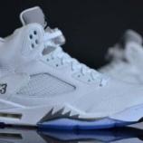 """『直リンク 4/4 発売予定 Air Jordan 5 """"White/Metallic Silver""""』の画像"""