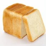 貧乏人「8枚切りパンうめえええ」ハフハフワイ「うわぁ・・・(4枚切りを食べながら)」